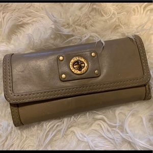 Marc by Marc Jacob wallet in beige